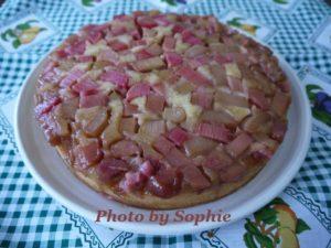 ルバーブ・アップサイドダウンケーキ