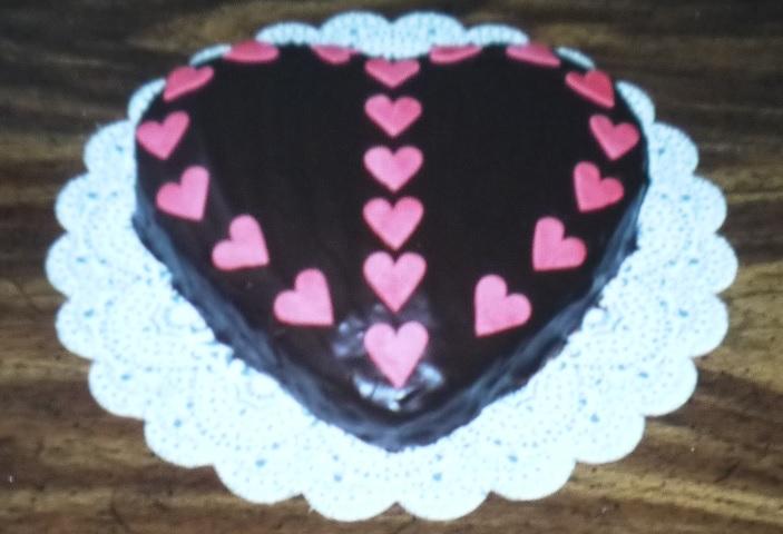 ハート形チョコレートケーキ