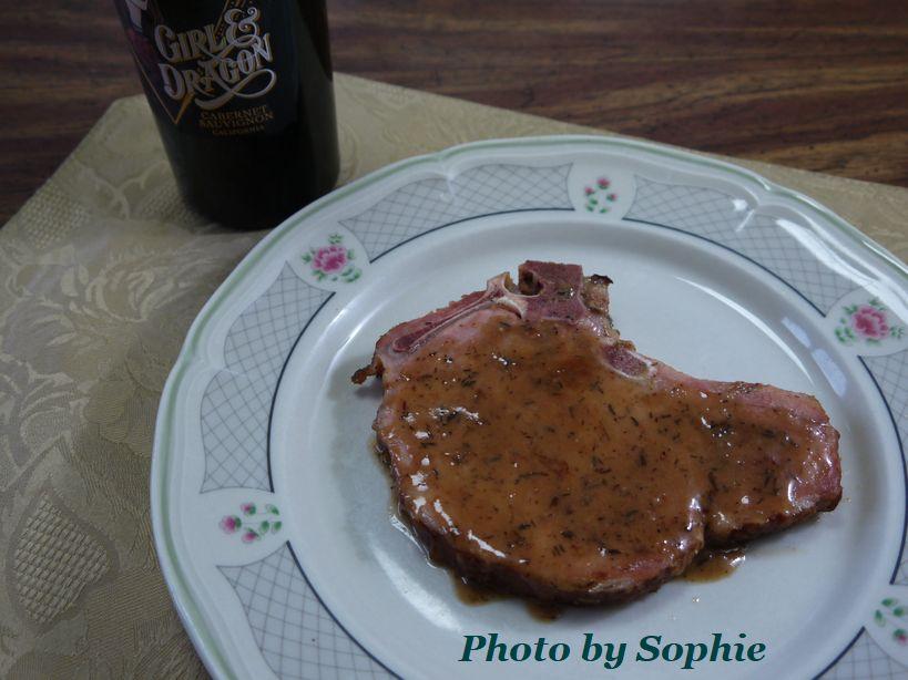 ポークチョップのマスタードワインソース