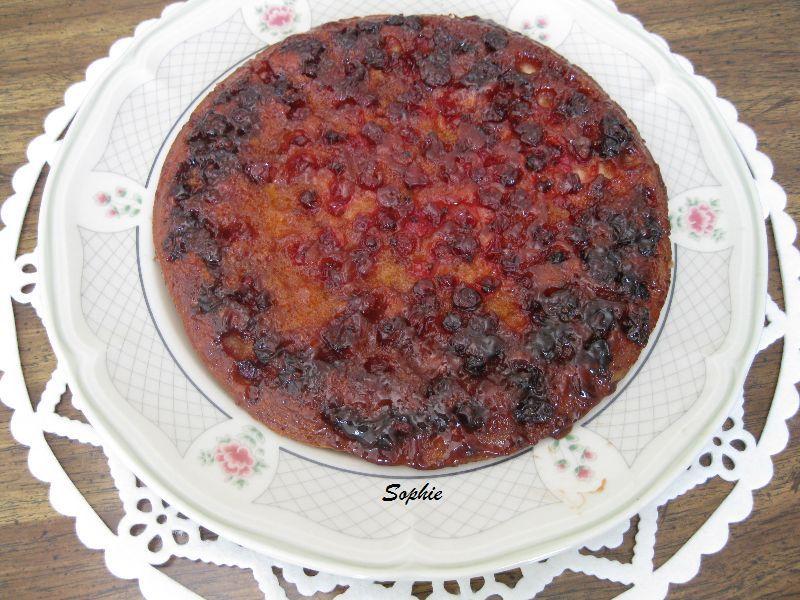 レッドカラントのアップサイドダウンケーキ