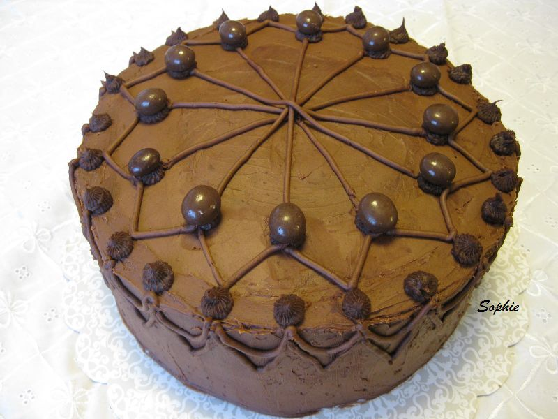 チョコレート・レイヤーケーキ