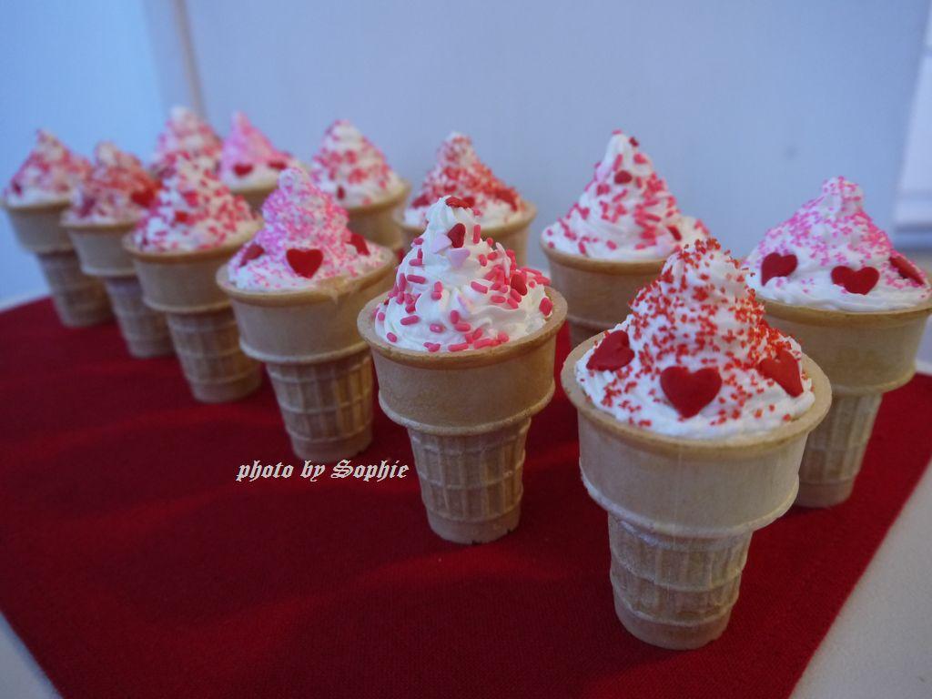 バレンタインカップケーキ・アイスクリームコーン入り