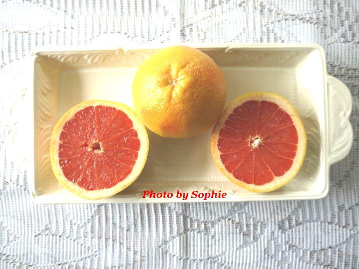 レッドグレープフルーツ・カット